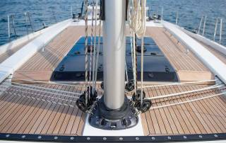 beautiful teak deck and mast with lines yacht charter italy