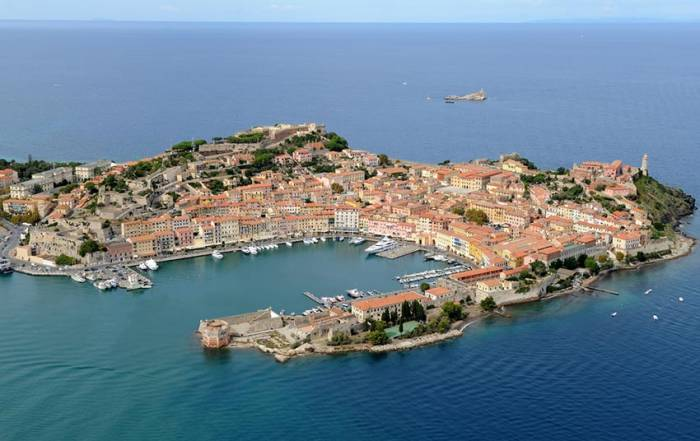 harbour portoferraio elba first stop of the islands route dbg yacht charter